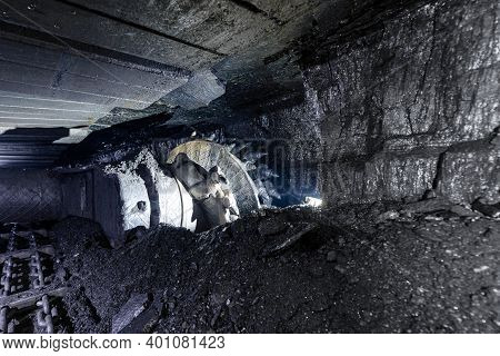 Extraction Of Coal By Underground Method. Coal Shearer.
