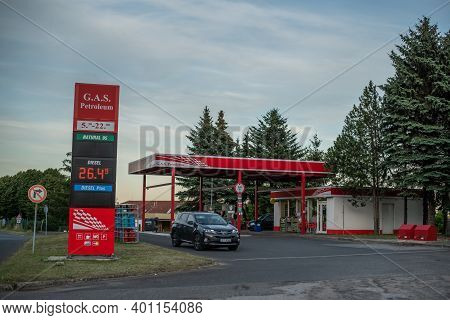 Central Bohemia, Czech Republic, 09-11-2020. Gas Petroleum Gas Station In Prague And In The Outskirt