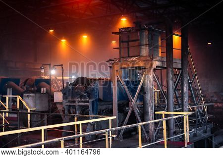 Coal Beneficiation Plant. A Lot Of Conveyors, Pipes, Screens.