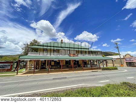 Esk, Australia - December 25, 2020: Facade Of The Country Club Hotel, Located In The Main Street Of