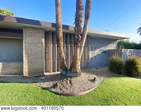 Palm Springs Residential Architecture, Modernism Residential In California, Usa, December 19th, 2020