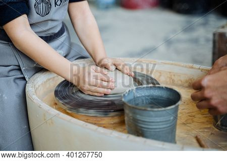 Childrens Hands Sculpt Clay, Sculpt Clay, Pottery Workshop, Potters Wheel, White Clay In The Hands O