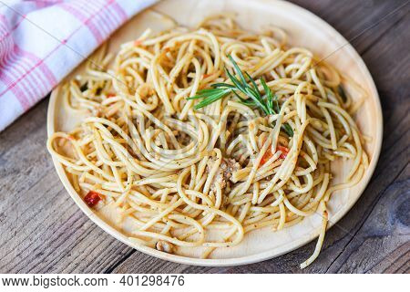 Spaghetti Pasta On Tray Wooden Table Background Easy Cooking At Home, Homemade Spaghetti Top View