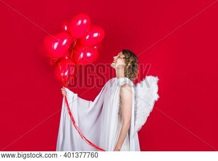 Valentines Day. Valentines Day Cupid. Cupid Angel With Balloons. Cupid In Valentine Day. Couple Of C