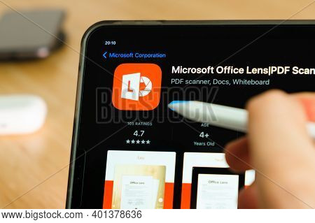 Microsoft Office Lens Logo Shown By Apple Pencil On The Ipad Pro Tablet Screen. Man Using Applicatio