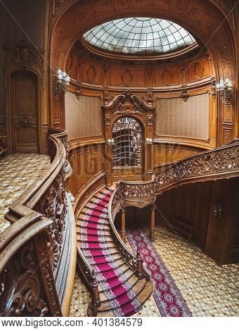 Lviv, Ukraine - July 4, 2018: Old Famous Vintage Interior Of Luxury Museum With Wooden Ornate Curved