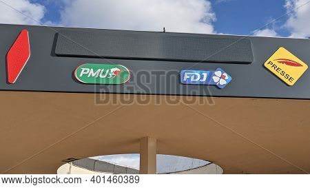 Bordeaux , Aquitaine  France - 12 28 2020 : Fdj Tabac Shop Sign And Logo Of Presse With Fdj France N
