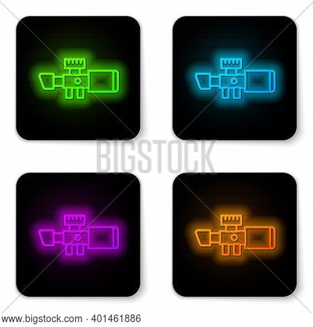 Glowing Neon Line Sniper Optical Sight Icon Isolated On White Background. Sniper Scope Crosshairs. B