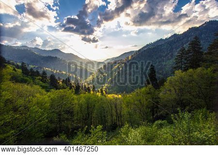 Sunrise Over A Beautiful Forest Mountain Landscape In The Great Smoky Mountains National Park In Gat