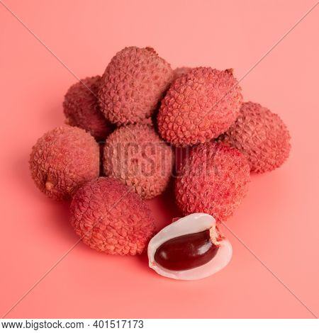 Square Composition With Tropical Fruits - Lychee Or Litchi On Pink Background With Copy Space. Selec