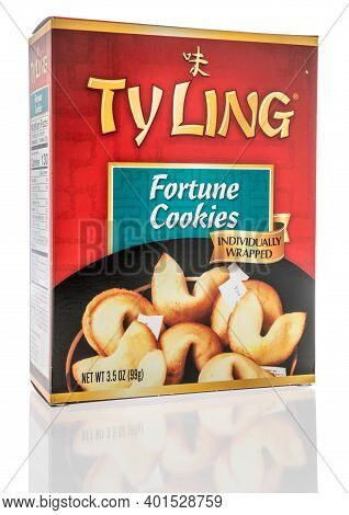 Winneconne, Wi -30 December 2020: A Package Of Ty Ling Forturne Cookies On An Isolated Background.