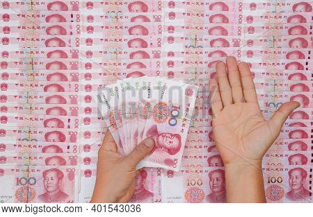 Chinese 100 Rmb ,yuan Banknotes From China\'s Currency.