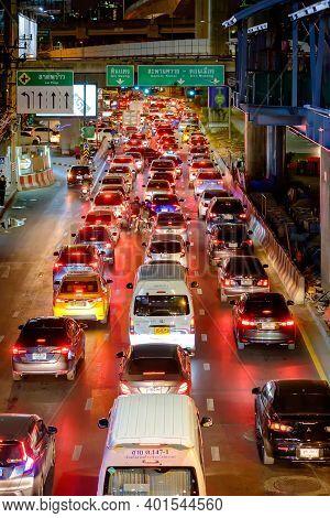 Bangkok, Thailand - February 14, 2020: Many Car, Bus And Motorcycle Cause Traffic Jams At Phahonyoth