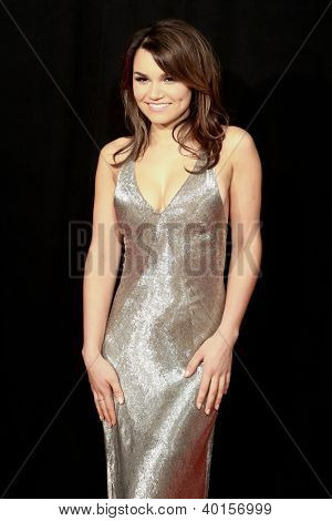 NEW YORK-DEC 10: Actress Samantha Barks attends the premiere of