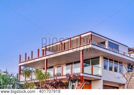 Modern Three Storey House With Balconies And Flat Roof In San Diego California