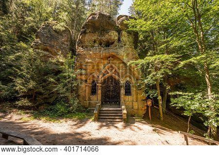 Rock Chapel Of Our Lady Of Lourdes, Modlivy Dul, .