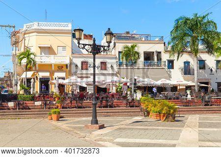 Santo Domingo,  Dominican Republic - January 11, 2017: Local Restaurants And Houses At Plaza De Espa