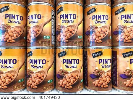 Alameda, Ca - Dec 14, 2020: Grocery Store Shelf With Cans Of Signature Select Brand Pinto Beans. Non
