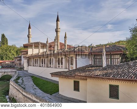 The Khans Palace. It Was Built In The 16th Century, Decorated In Traditional Crimean Tatar Style. La