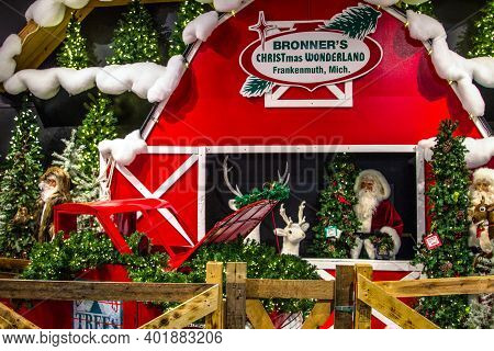Frankenmuth, Michigan, Usa - October 9, 2018: Christmas Display At Bronner's Christmas Wonderland. T