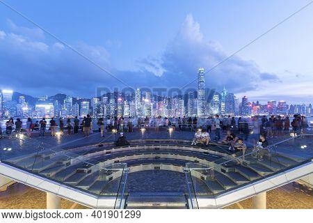 Hong Kong, China - May 16, 2018 : Tourist Enjoying The Scenery Of Victoria Harbor Of Hong Kong City