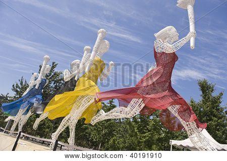 Estatua de abanderados en el Estadio Olímpico de Pekín