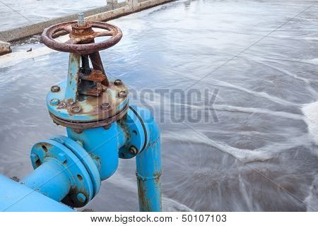 Blue Valve Gate For Oxygen Blowing In Sewage Water