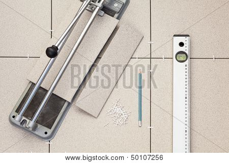 Tools For Installing The Floor Of Ceramic Granite