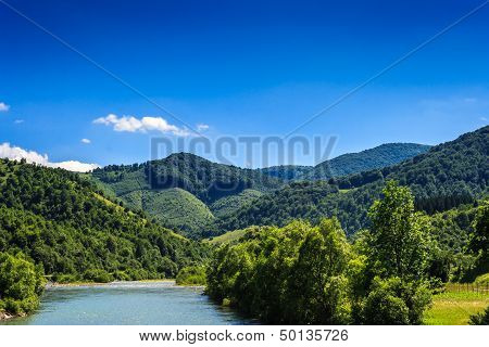 River  Going Into The Mountains