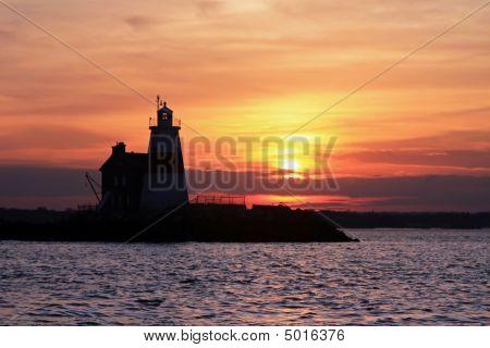 Execution Rocks Lighthouse Sunset
