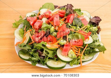 Green Salad With Red Tomatoes