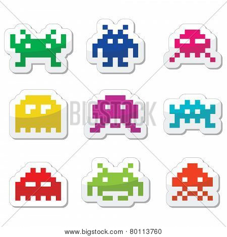Space invaders, 8bit aliens icons set