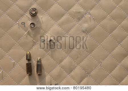 shooting,hit shot 9mm in Kevlar bulletproof vest