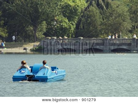 Hyde Park Boating