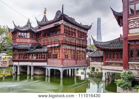 Shanghai, China - Circa September 2015: Yu Yuan Garden And Bazaar On Jin Jiao Road Area In  Shanghai