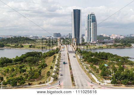 Putrajaya, Malaysia - Circa September 2015: Seri Gemilang Bridge And Heritage Square In Putrajaya,
