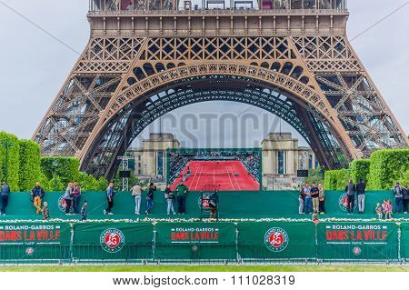 Beautiful summer view of the Eiffel Towel in Paris, France