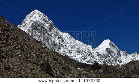 Majestic Mt Pumori