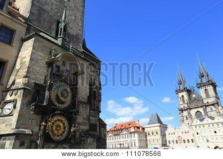 Astronomical Clock, Prgaue