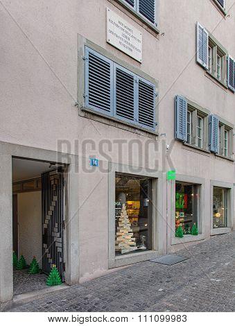 House Number 14 On The Spiegelgasse Street In Zurich