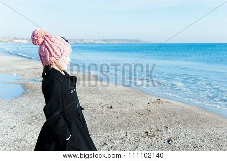 Portrait  8 Years Old Girl  Side View Looking On Sea
