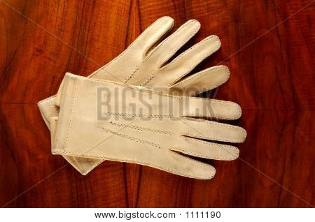 White Leather Winter Gloves