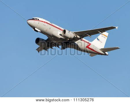 Beautiful Airbus-a319, Iberia Airlines Takes Off