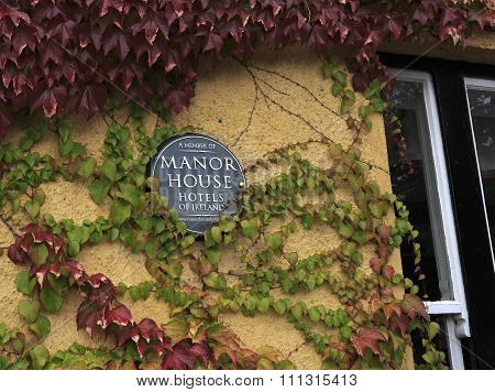 Hotel Manor House in the Adare