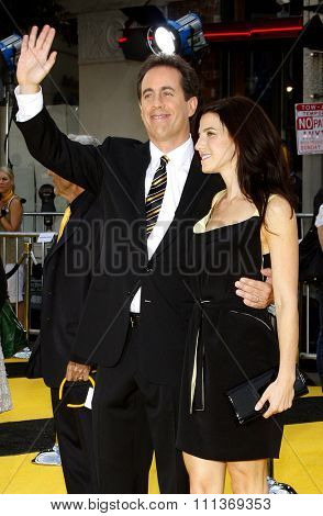 10/28/2007 - Westwood - Jerry Seinfeld and wife Jesica Seinfeld attend the World Premiere of