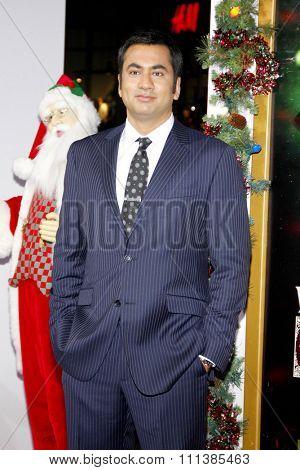 LOS ANGELES, USA - NOVEMBER 2: Kal Penn at the Los Angeles Premiere of