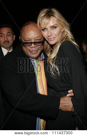 November 3, 2005 - Hollywood - Quincy Jones and guest at the Paramount Pictures'