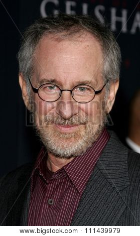 12/04/2005 - Hollywood - Steven Spielberg attends the