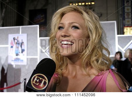 03/01/2005 - Hollywood - Brittany Snow at
