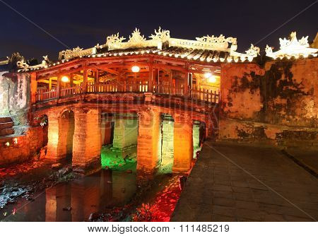 Japanese Covered Bridge - Hoi An Vietnam